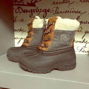 Toddler Oshkosh boots